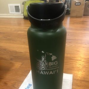 Hydro flask Big Island Hawaii 40 oz wide mouth